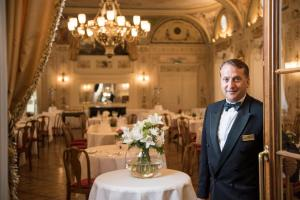 A restaurant or other place to eat at Grand Hotel Kronenhof