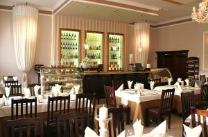 Restauracja lub miejsce do jedzenia w obiekcie Valdi Classic