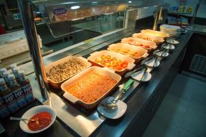 Breakfast options available to guests at Ramada Milton Keynes