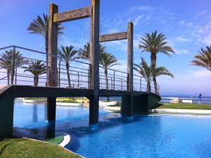 The swimming pool at or close to Apartamento playa Samil