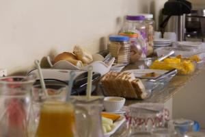 Breakfast options available to guests at Hotel Serra Sol