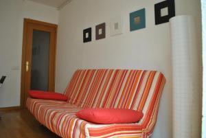 O zonă de relaxare la BCN 324 Apartment