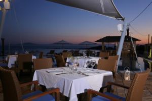Εστιατόριο ή άλλο μέρος για φαγητό στο Hotel Almira