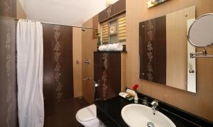 حمام في Rivulet Resort