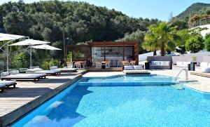 Πισίνα στο ή κοντά στο Ionian Eye Design Studios