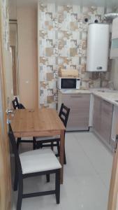 Кухня или мини-кухня в Квартира на улице Тимирязева
