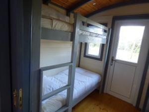 Un ou plusieurs lits superposés dans un hébergement de l'établissement Le 7 Mas Provençal