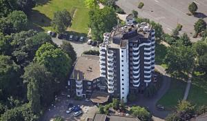 A bird's-eye view of Ringhotel Parkhotel Witten