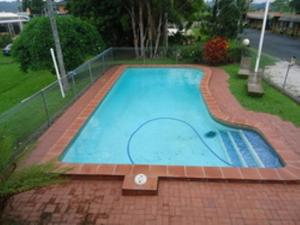 A view of the pool at Tweed River Motel or nearby