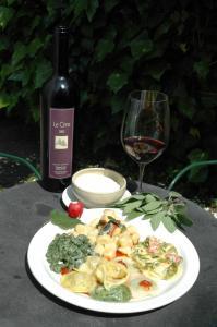Mittag- und/oder Abendessen für Gäste der Unterkunft Osteria Locanda Brack