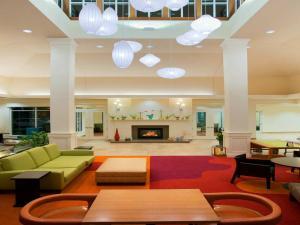 Ресторан / где поесть в Hilton Garden Inn Auburn