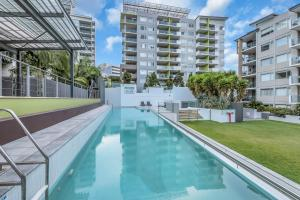The swimming pool at or near Trilogy Residences Brisbane