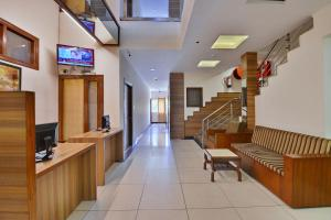 The lobby or reception area at Hotel Aricent