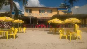 A restaurant or other place to eat at Pousada Espelho do Mar