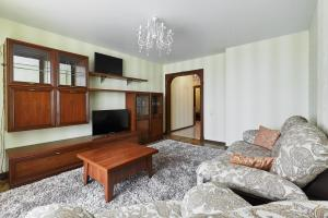 A seating area at Квартира на Соборном Миллениум 2