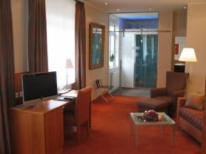 A television and/or entertainment center at Hotel Lindenhof