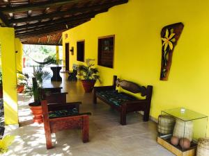 A seating area at Casa Amarela
