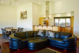 The lobby or reception area at Scobie Lane Retreat