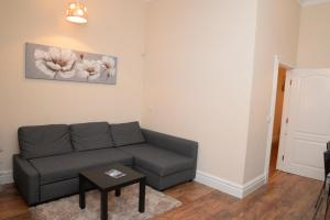 A seating area at mamma house