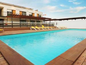 The swimming pool at or near Apartment Adonis Aix en Provence-1