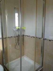 A bathroom at Albergue Victoria