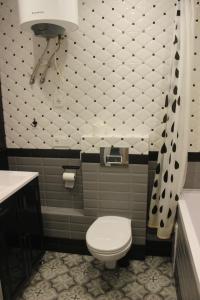Ванная комната в Kvartira v centre Lomonosova 152