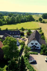 Blick auf Landhotel Belitz aus der Vogelperspektive