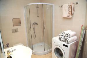Een badkamer bij Prague Trendy- Apartments
