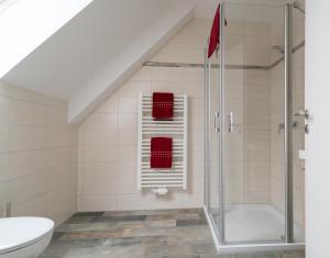 Ein Badezimmer in der Unterkunft Anitas Altstadtpension