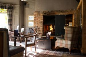 A seating area at Innkeeper's Lodge Leeds, Calverley