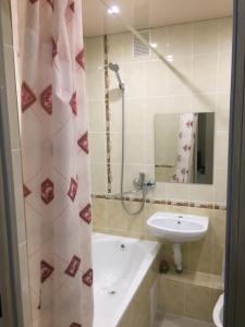 Ванная комната в Apartment on Lenina 137