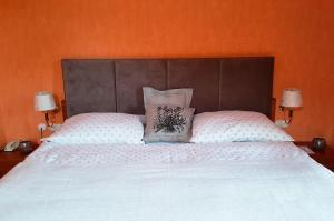 Postel nebo postele na pokoji v ubytování ROMANTIK HOTEL ELEONORA