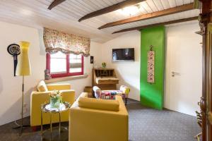 Ein Sitzbereich in der Unterkunft Hotel an de Marspoort
