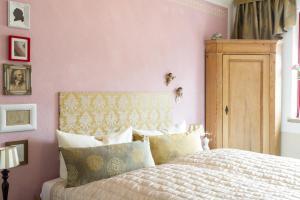 Ein Bett oder Betten in einem Zimmer der Unterkunft Hotel an de Marspoort