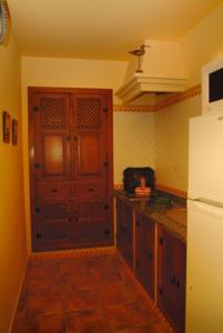 Una cocina o zona de cocina en Casa Rural Las Avutardas