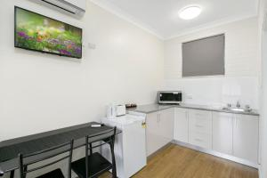 A kitchen or kitchenette at Australian Community Villages