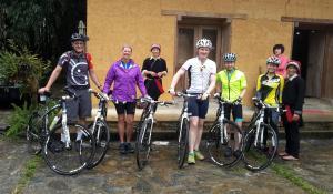 Đạp xe trong hoặc quanh Dao Lodge