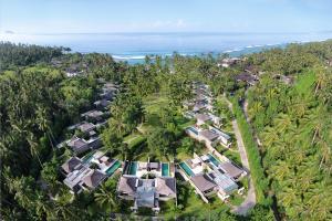 A bird's-eye view of Candi Beach Resort & Spa