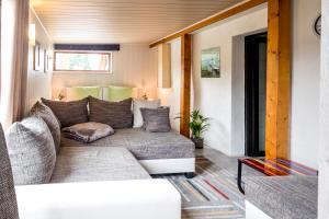Ein Bett oder Betten in einem Zimmer der Unterkunft Hotel Bergstation Schmeddnalm