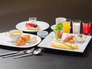 Opsi sarapan yang tersedia untuk tamu di Shibuya Creston Hotel