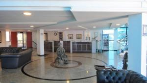 The lobby or reception area at Hotel Porto Da Aldeia