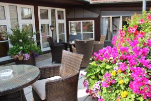 A porch or other outdoor area at Hotel Am Josephsplatz