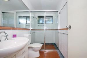 A bathroom at Horizons Golf Club, Villa 107