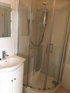 A bathroom at Royal Temple Yacht Club