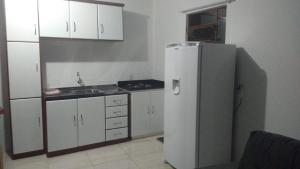 A kitchen or kitchenette at Chale Verde
