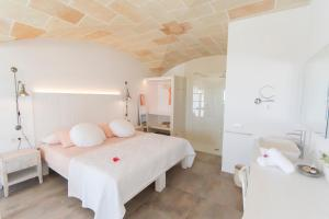 A bathroom at Agroturismo Son Vives Menorca - Adults Only