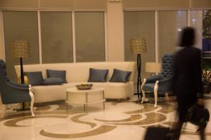 Istumisnurk majutusasutuses Modern Home at 150 Newport