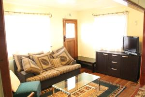 A seating area at Ohura Bed and Breakfast