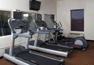 The fitness centre and/or fitness facilities at Fairfield Inn & Suites by Marriott Grand Junction Downtown/Historic Main Street