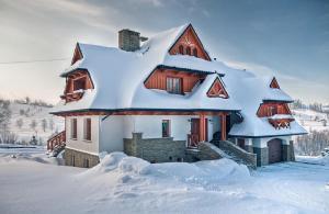 Willa Grandeus im Winter